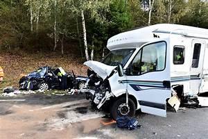 Les Camping Car : collision entre une voiture et un camping car sur la rn 520 bellegarde deux bless s graves ~ Medecine-chirurgie-esthetiques.com Avis de Voitures