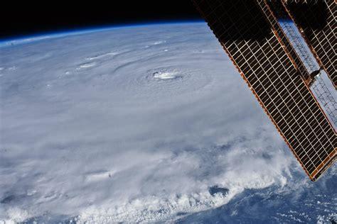 Hurricane Earl The Astronaut View Nasa