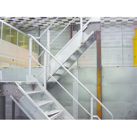escalier metallique exterieur en kit escaliers et passerelles m 233 talliques en kit meiser