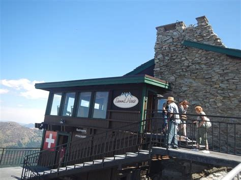 plargejpg picture  summit house restaurant