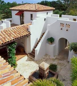 Innenhof Spanischer Häuser : farbe deko und andere kennzeichen mediterraner architektur houses pinterest ~ Udekor.club Haus und Dekorationen