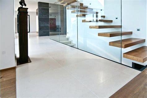 Moderne Fliesen Wohnbereich by Wohnzimmer Fliesen Der Neue Trend In Der Inneneinrichtung