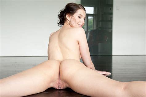 Vanessa Angel Met Art 13