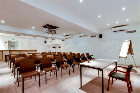 salle de conference meeting room conference or centre of