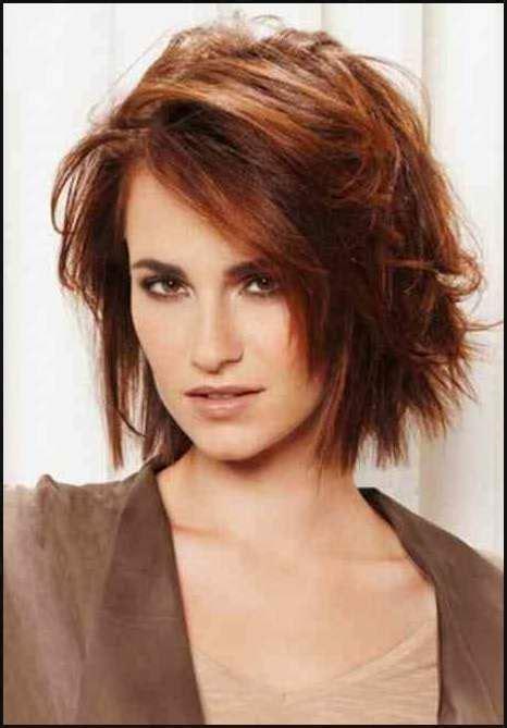 frisuren fransig mittellang haare farbeschnitt