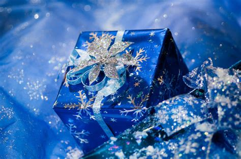 blue wrapped gifts pictures   images