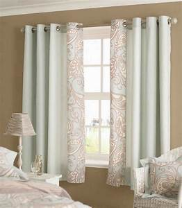 Living room curtains spice up your living room design for Living room curtain ideas not floor length