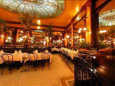 Définition Du Salon :  Definition Of Brasserie, Bistro, Café, And