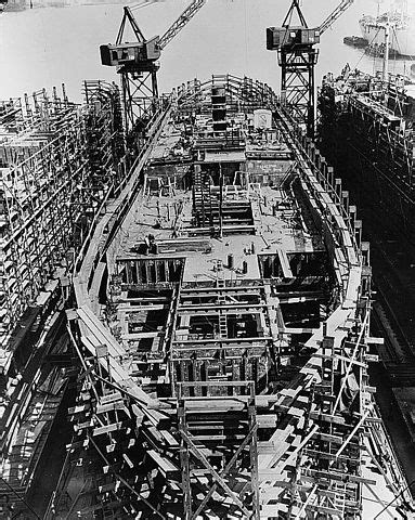lower decks tng wiki file liberty ship construction 09 lower decks jpg