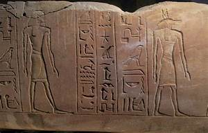 Elaborate tomb of Egyptian scribe discovered in Abydos ...