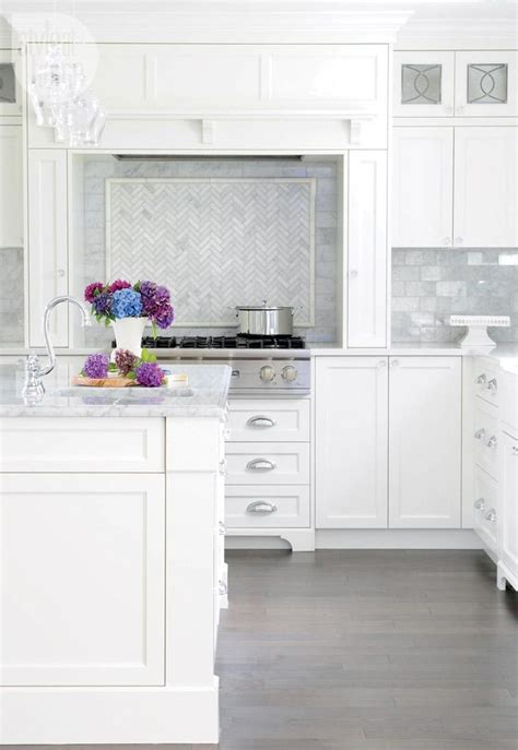 Kitchens With White Cabinets by Beautiful White Kitchens Diy Decorator