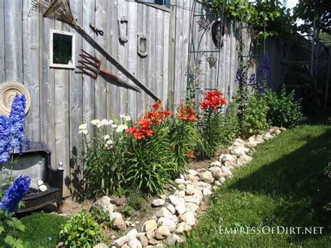 25+ Creative Ideas For Garden Fences  Empress Of Dirt