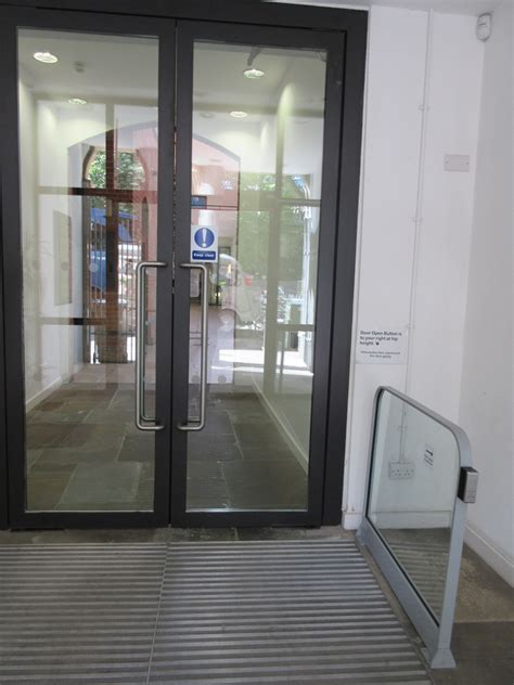 66 St Giles, Access Guide