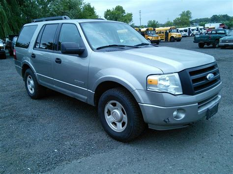 ford expedition xlt   hartford ct