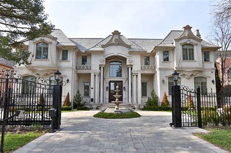 toronto   worlds hottest luxury real estate market
