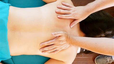 Massage For Shoulder And Back Pain Relief How To Give A