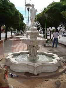 Fuente de agua con picos decoracion planos fuentes for Fuentes de agua originales