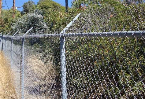 fencing materials cost 2017 barbed wire fencing cost barbed wire fence price
