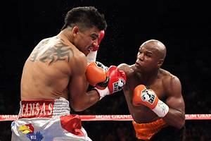 Photos - Victor Ortiz vs Floyd Mayweather - Boxing news ...