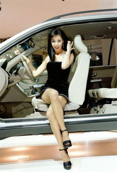 asian babes  cars picture  car news  top speed