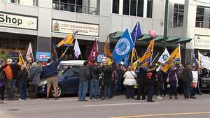 Unions rally across Canada in solidarity with postal ...
