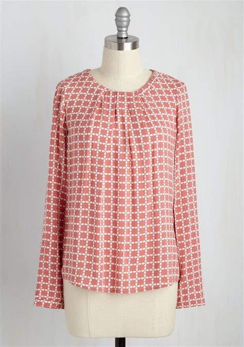 office hours haute top in dusty meld style with