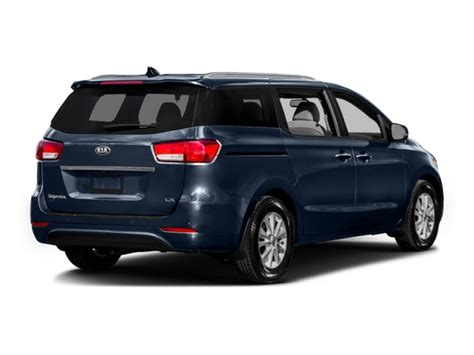 Kia Dealers Milwaukee by New Minivans For Sale With Ewald S Kia Dealers In
