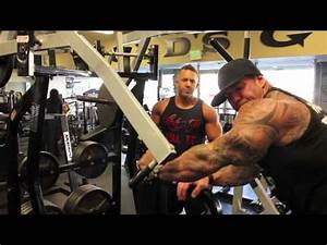 Rich Piana and Chris Belden killin' arms!! - YouTube