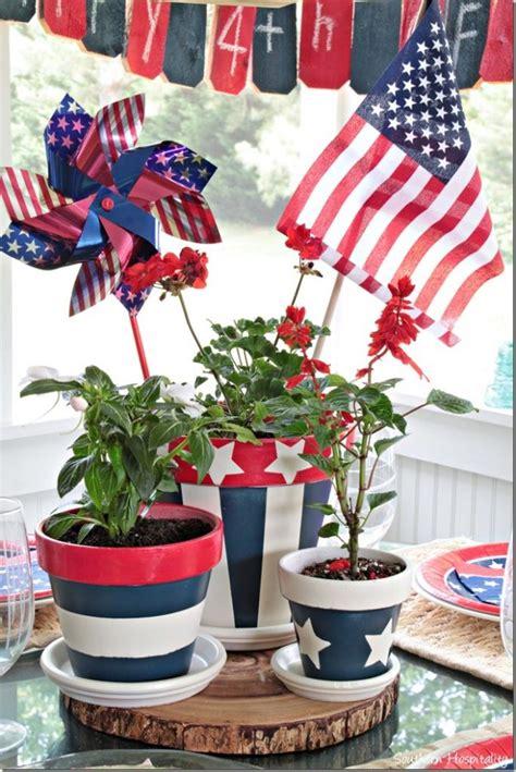patriotic clay pots centerpiece     july