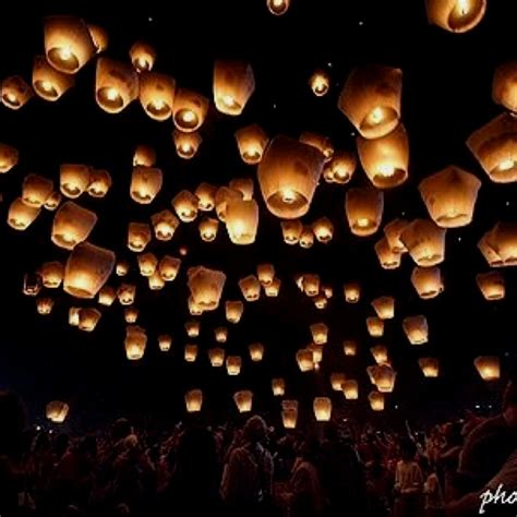 25 best ideas about floating lanterns on sky lanterns wedding floating