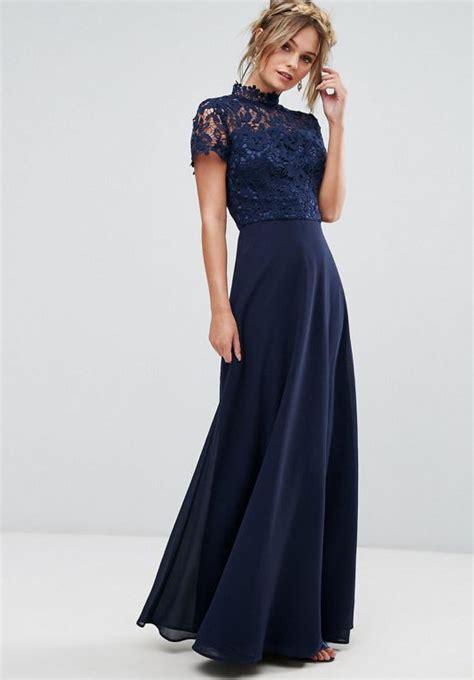pochette mariage robe bleu marine robe longue bleu marine avec quoi la porter un mariage
