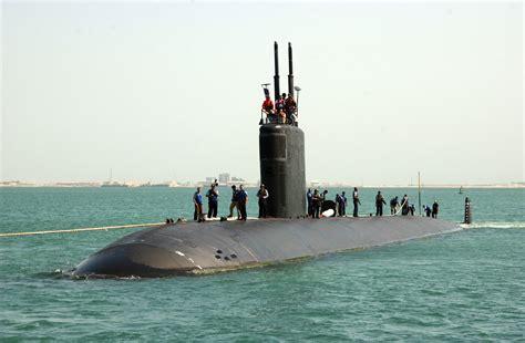 File:Fast attack submarine USS Annapolis (SSN 760).jpg ...