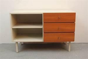 Petit Meuble En Bois : petit meuble de rangement vintage en bois de teck 1960 design market ~ Teatrodelosmanantiales.com Idées de Décoration