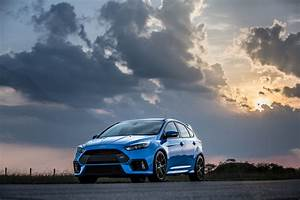 Ford Focus 3 Rs : 2018 ford focus rs vs st 3 best cars review ~ Medecine-chirurgie-esthetiques.com Avis de Voitures