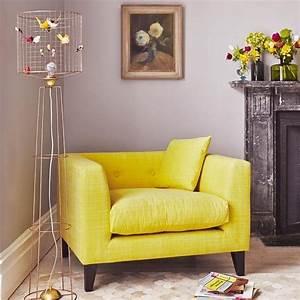 Fauteuil Jaune Alinea : les 25 meilleures id es de la cat gorie fauteuil jaune sur pinterest chaises jaunes chaises ~ Teatrodelosmanantiales.com Idées de Décoration