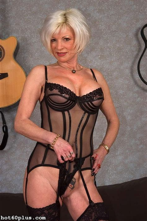 Mature Busty Blonde Granny In Lingerie Fucked Hardcore Cumshot Pichunter