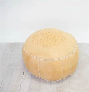 Pouf Rose Pale : leather moroccan pouf wedding hire raglan nz ~ Teatrodelosmanantiales.com Idées de Décoration