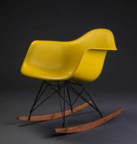 charles eames rocking chair rar by vitra