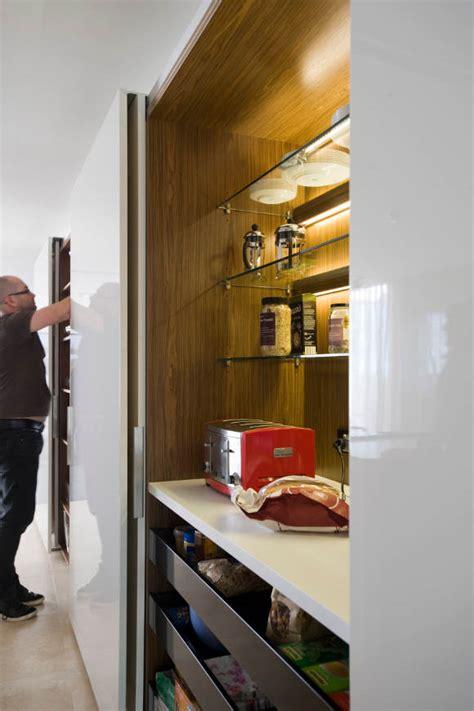 kitchen cabinet with doors skrivena kuhinja kucasnova 8428