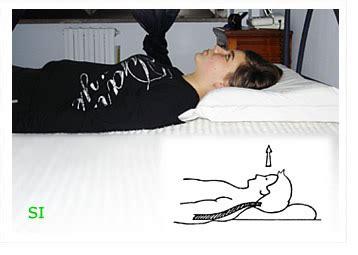 fa bene dormire senza cuscino dormire senza cuscino casamia idea di immagine