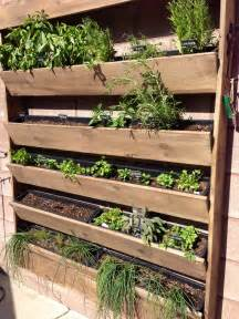 planter walls in gardens herb wall planter garden i garden pinterest herb wall herbs and plastic planters
