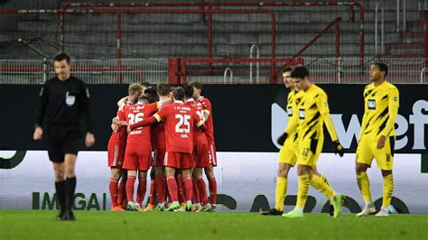Maybe you would like to learn more about one of these? Dortmund Vs Union Berlin / Wer zeigt / überträgt BVB ...
