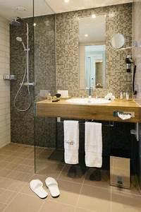 Badezimmer Mit Ebenerdiger Dusche. schmales badezimmer mit ...