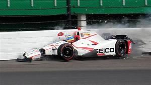 Accident Bourdais Indianapolis : sebastien bourdais crashes at indianapolis 500 qualifying has surgery on fractured pelvis ~ Maxctalentgroup.com Avis de Voitures