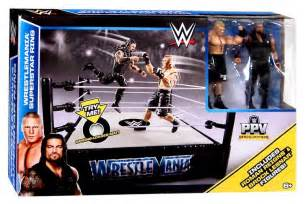 WWE Wrestlemania 31 Superstar Ring Playset With Roman Reigns and Brock Lesnar Action Figures