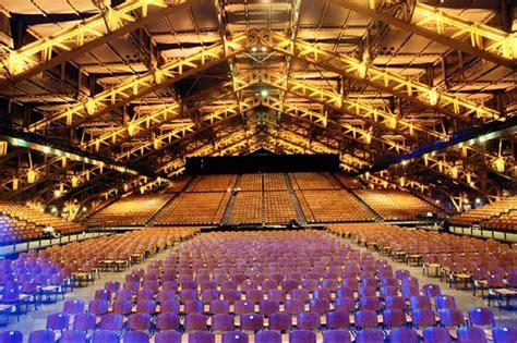 salle de concert lyon halle tony garnier info stades