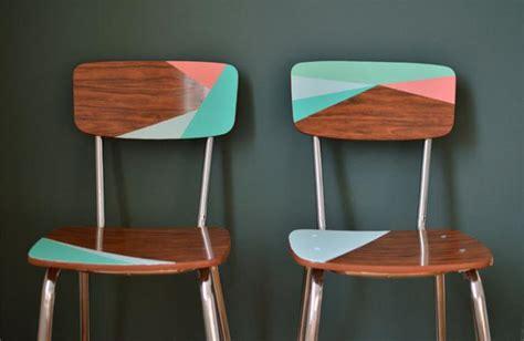 relooker une chaise en formica relooker des meubles peut être facile et amusant archzine fr
