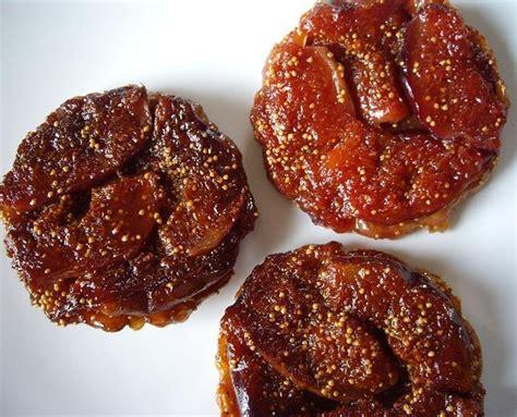 comment cuisiner les figues fraiches les gourmandises de tarte tatin aux figues déclinaison en trois versions