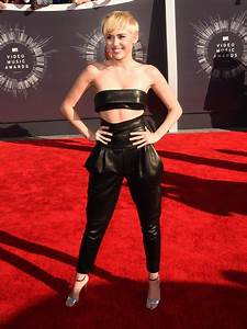 Miley Cyrus Makes Her VMAs Return What Will Happen This