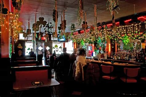 Top Five Bars For Cheap Drinks In New York City -- New